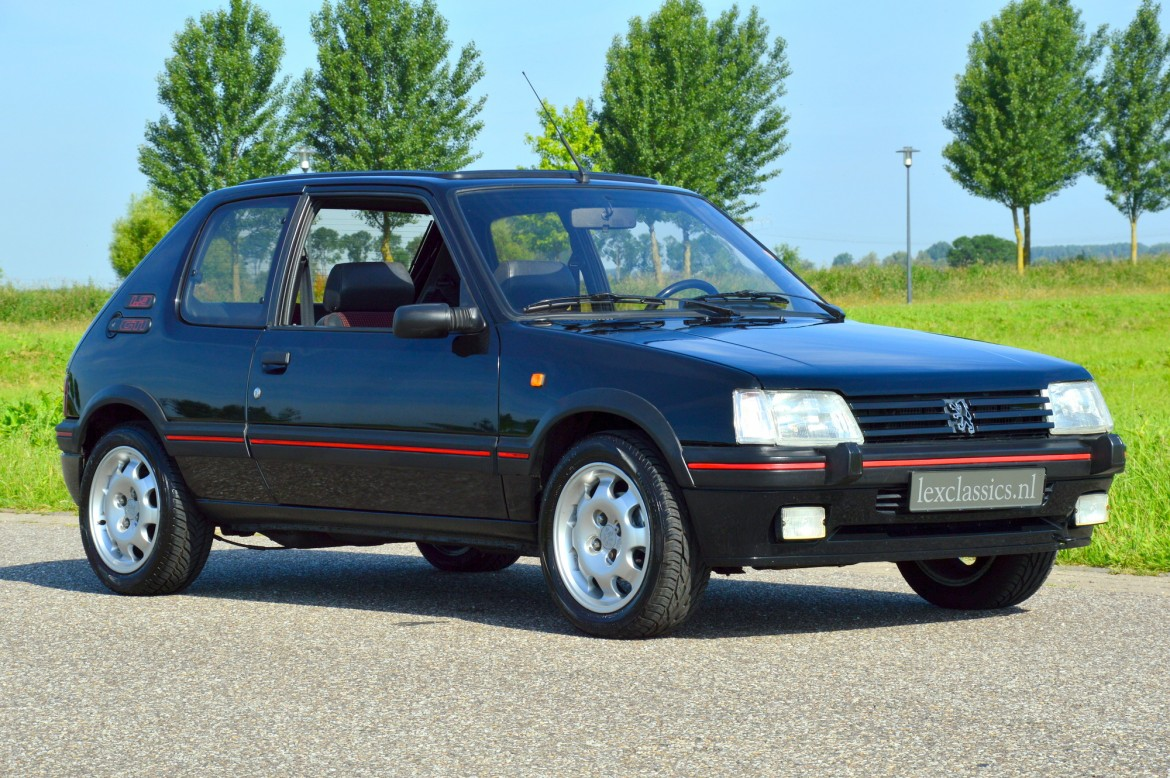 Peugeot 205 gti lex classics for Housse 205 gti