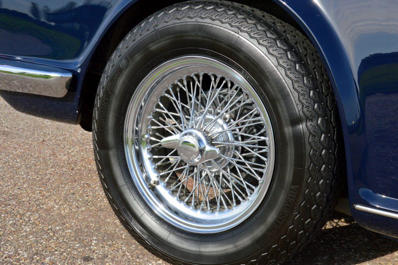 Triumph TR6 - Lex Classics